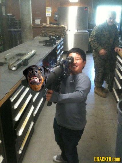 Autors: CyanNyanCat Kā izskatītos ieroči, ja tos projektētu 5-gadnieki?