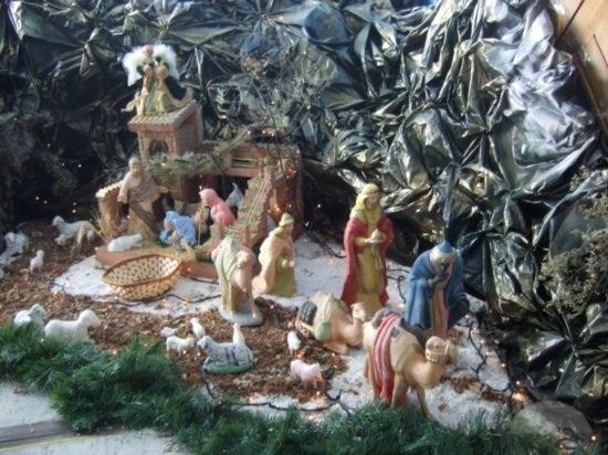 Venecuēlā notiek rīta mises... Autors: Fosilija Kā svin ziemassvētkus citur pasaulē?