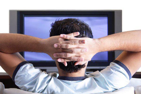 Skatoties TV ilgāk par 2... Autors: spekiis Ikdienas lietas, kas var būt pārsteidzoši bīstamas