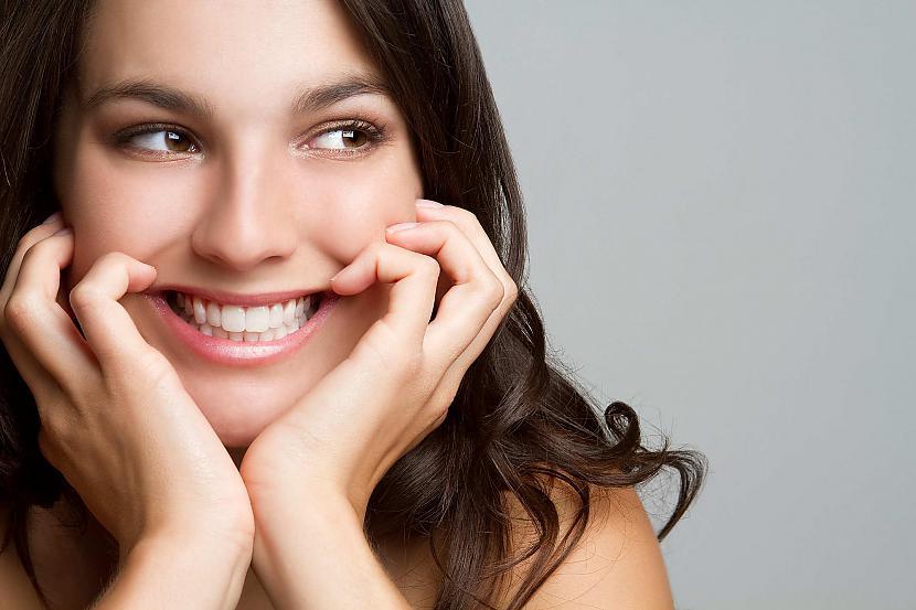 Cilvēkam smaidot strādā 17... Autors: LVspoks Interesanti fakti par cilvēku