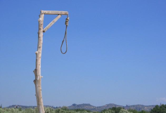 Autors: ProudBe Vai pedofīlu dēļ būtu jāatjauno nāves sods?