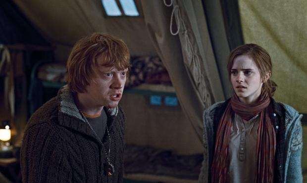 Rona un Hermiones attiecības... Autors: sancisj 100% Nezināmi fakti par Hariju Poteru.