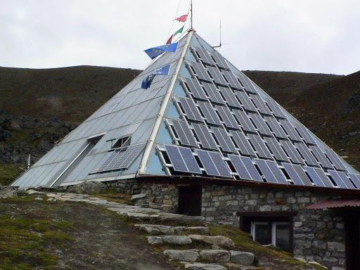 Pasaules visaugstākā kalna... Autors: Fosilija Laboratoriju pasaules rekordi 1. daļa