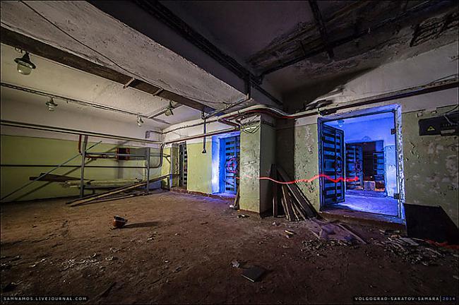 No rūpnīcas kura atradās virs... Autors: ieva5 Pazemes Saratova