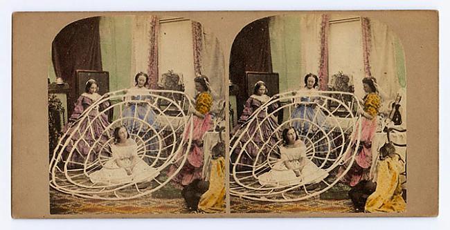 Krinolīnu nosaukums veidojies... Autors: ieva5 Krinolīni - Viktorijas laikmeta ekstremālā mode