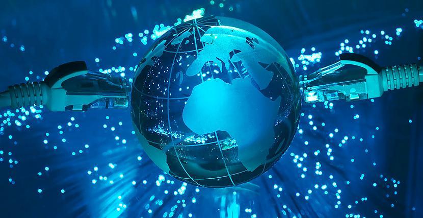 37 no interneta sastāv no... Autors: Mestrs Pletenbergs Fakti par internetu.