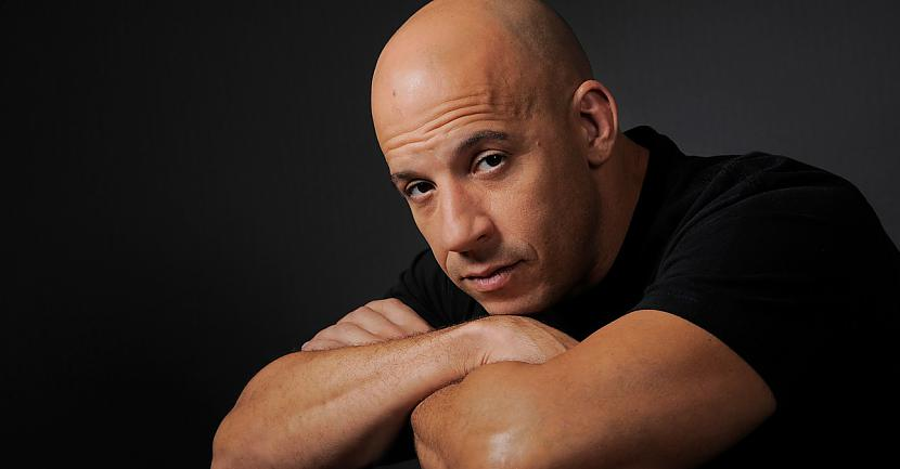 Vin Diesel Autors: Traxes 10 populāri aktieri.