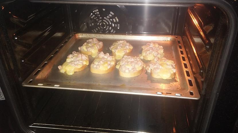 tākā pirms visu sastāvdaļu... Autors: wokie Gardās karstmaizes