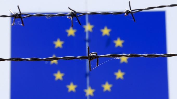 Ungārijā bēgļi mītiņā bļāva... Autors: WhatDoesTheFoxSay Bēgļi - Eiropas pastāvēšanas beigas?