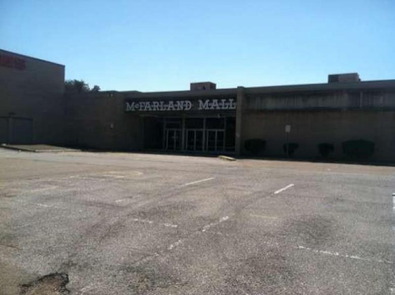 Mcfarland iepirkscaronanās... Autors: Plane Crash central Baisākie pamestie iepirkšanās centri pasaulē