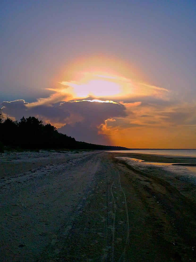 Saulriets pludmalē Autors: M4R3X Pazudušās un atrastās