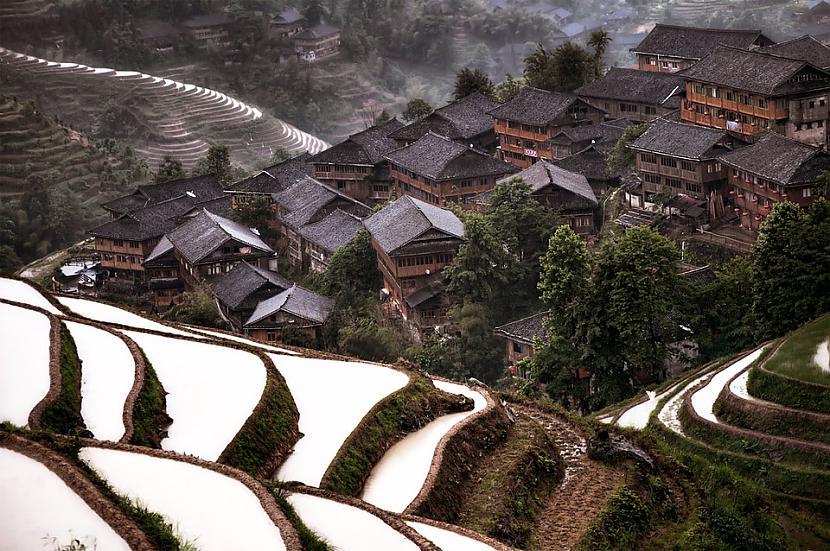 Paslēpies kalnu ciems... Autors: Liver Skaistāko pasaules ciemu fotogrāfijas