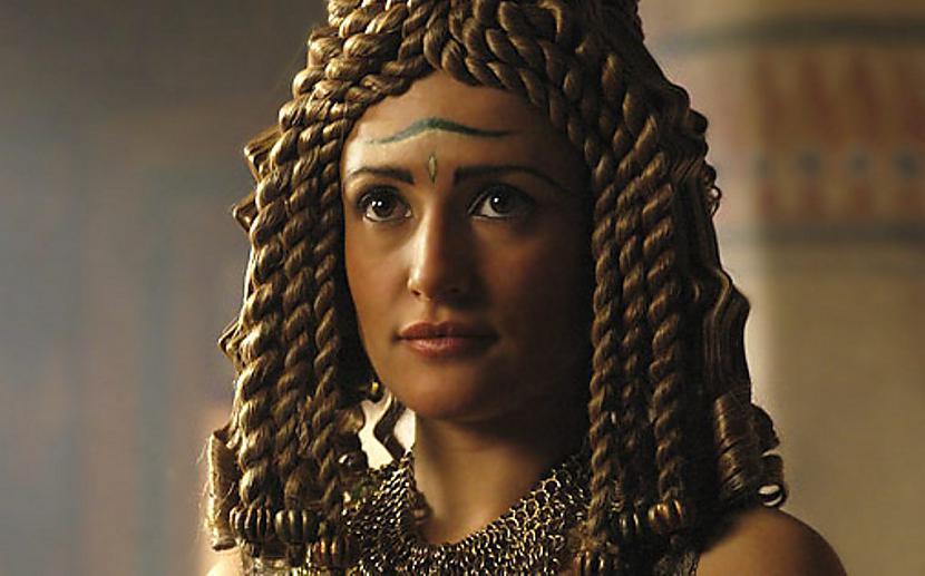 Cēzara slepkavības laikā... Autors: The Diāna Kleopatra - 10 fakti