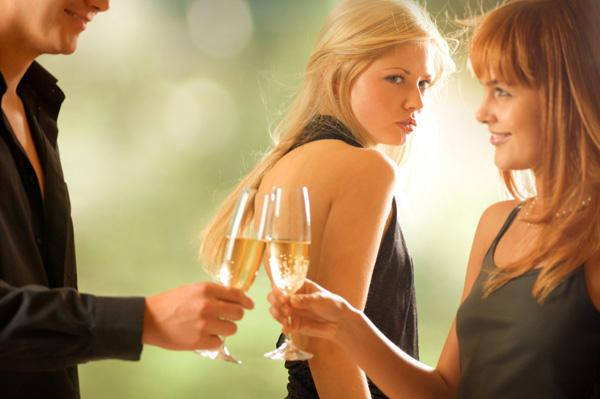 Lai vai kā mēs tam nevēlētos... Autors: NaglaKabatā Par sieviešu draudzību