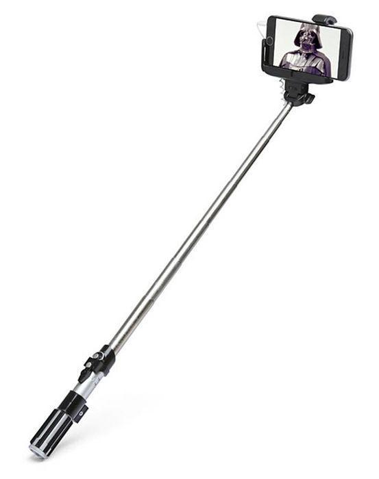 Gaismas zobena veidīgs Selfie... Autors: Fosilija Ziemīšos nav idejas dāvanām?