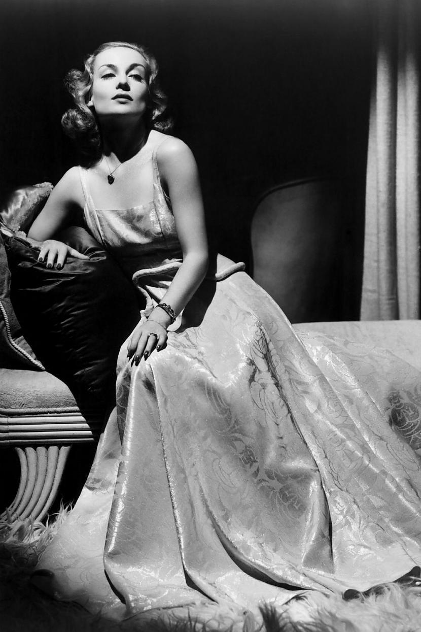 Carole LombardViņas dzīve bija... Autors: Lestets Modes ikonas no 1930-tajiem