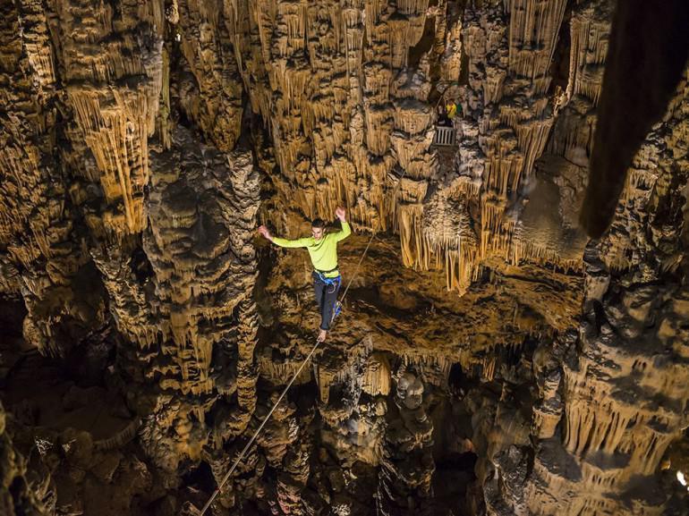 Grotte des... Autors: 100 A 25 pārsteidzoši foto, kas uzņemti ekstrēmos apstākļos!