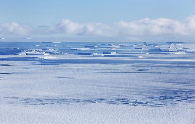 Scaroneit pie krasta var... Autors: 100 A Lidojums virs Antarktikas, NASA operācija «Ledus Tilts»!