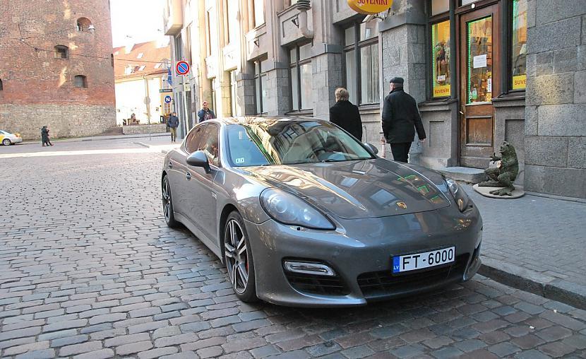 Porsche Panamera GTS Autors: LGPZLV Dārgas mašīnas uz Latvijas ceļiem. 2017 #3