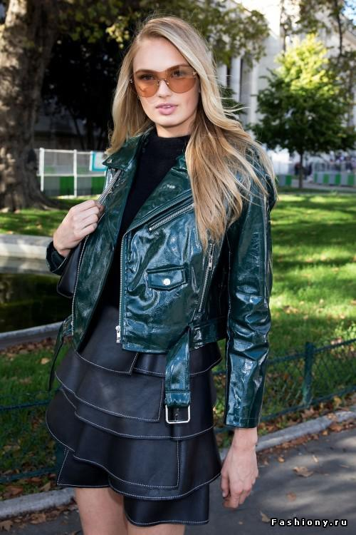 Autors: 100 A Fashion week! Paris!