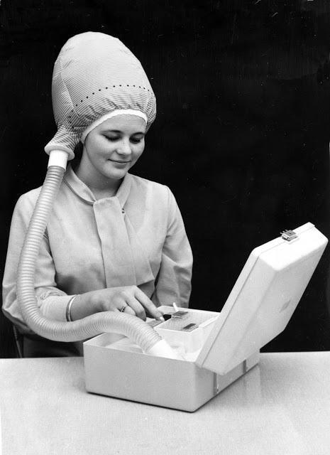 Pārnēsājamā matu žāvētāja... Autors: Lestets Dīvainākie britu izgudrojumi