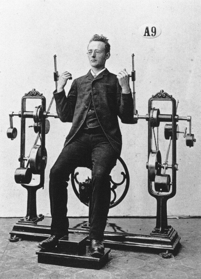 Autors: ĶerCiet 19. gadsimta sporta trenažieri, kas bija atrodami arī Rīgā