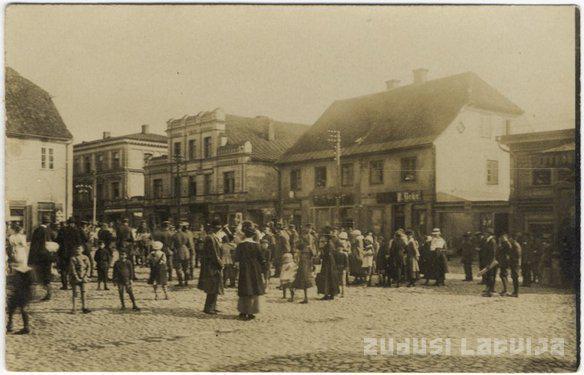Februārī Cēsīs plosās tīfa... Autors: GargantijA Pirms 100 gadiem Latvijā