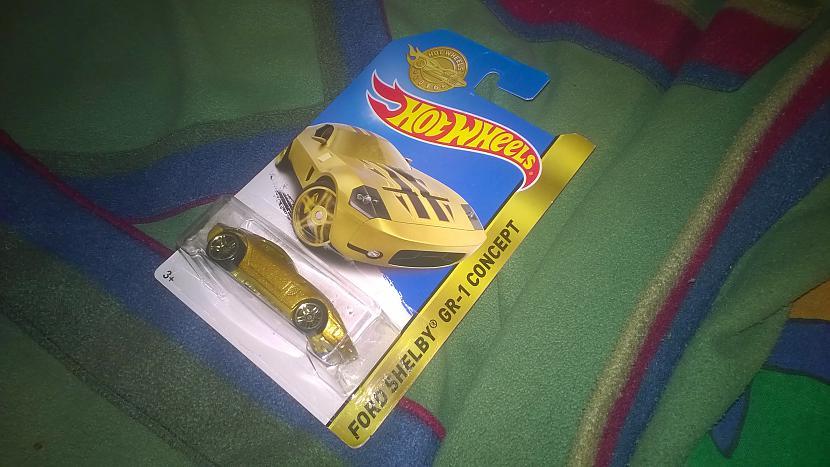 Dāvana man Autors: MEAA...W Es nopirku Z-sv. dāvanas un saņēmu...