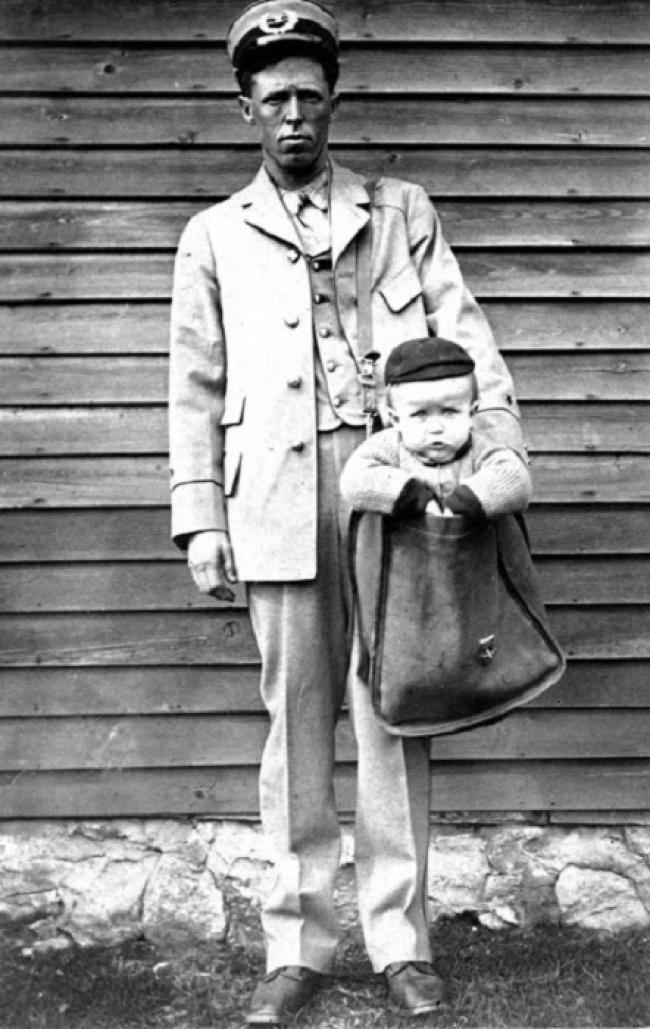 Bērnu sūtīscaronana pa... Autors: The Diāna 10 mūsdienās bīstamas lietas, kas dažus gadus atpakaļ bija pilnīgi normālas