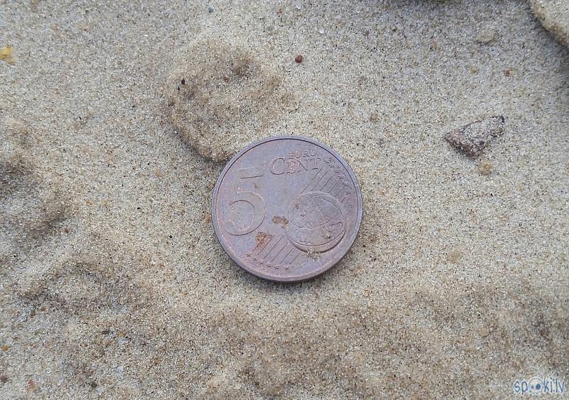 Vēja atrakta monēta Autors: pyrathe Ar metāla detektoru pa pludmali 2020 (augusts)