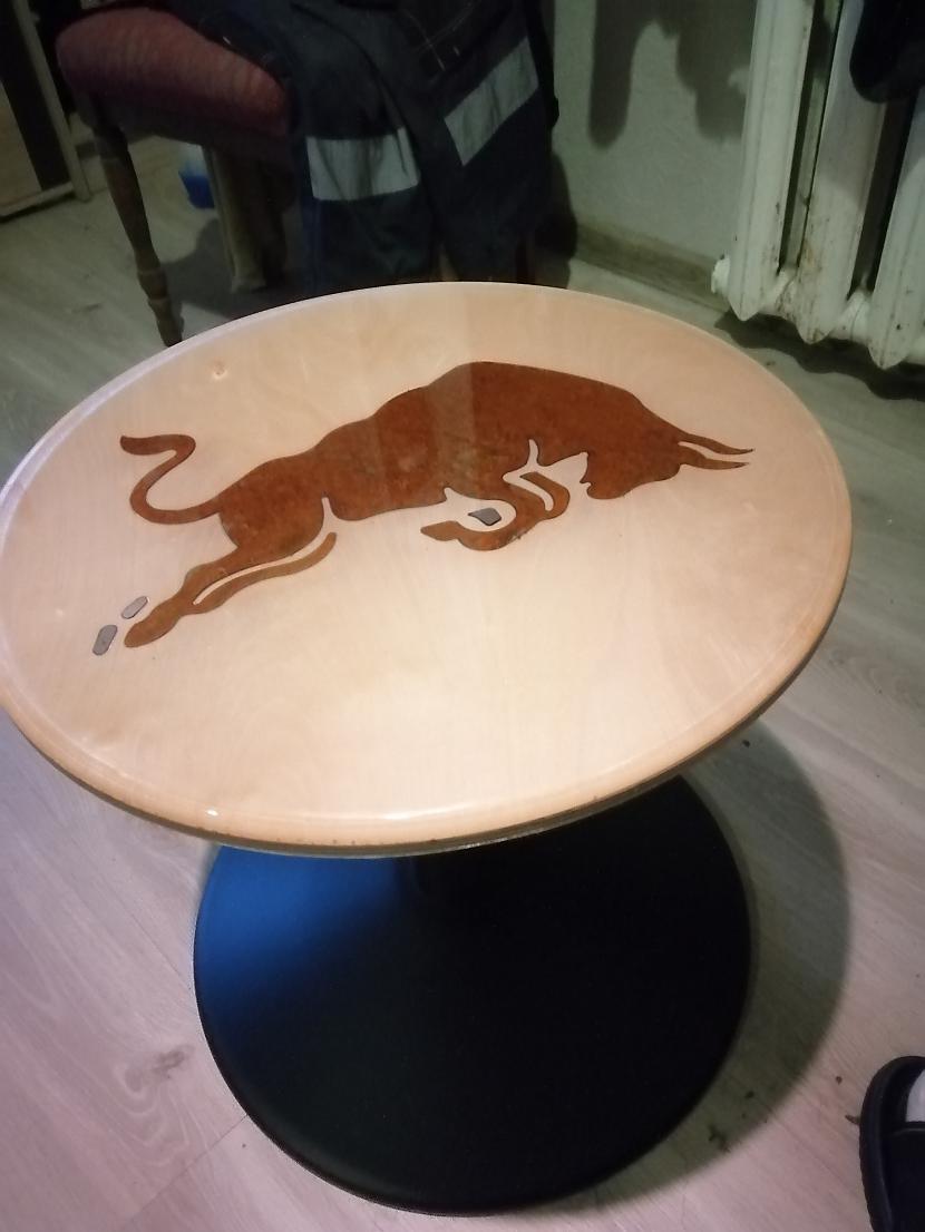 Autors: Oskars Klevs2 Ja grib, tad var: Uztaisīju īpašu nakts galdiņu pie gultas