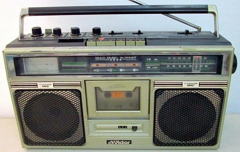 Es savā prātā pārskatu visus... Autors: Fosilija Kāpēc JVC radioaparāti netika pārdoti Japānā