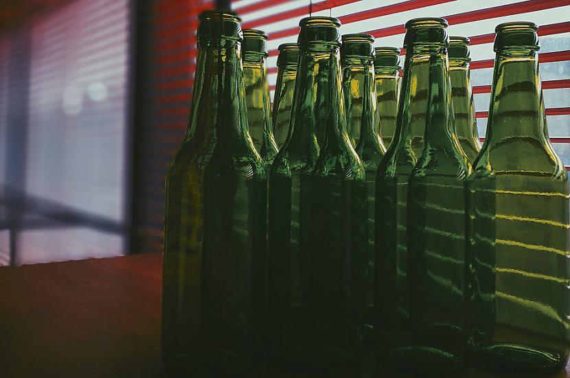 Kāpēc pudelēm ir gari... Autors: Lestets 18 ikdienas priekšmeti, kuriem ir slepena funkcionalitāte