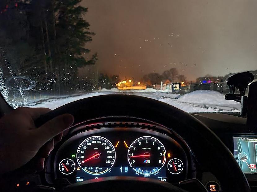 Autors: mistrsX Kā es tiku pie BMW M5