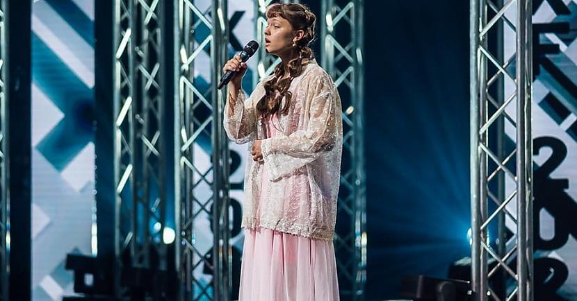 Savdabīgā Katrīna Kovaļuka a... Autors: matilde Video: 19 gadus vecās Katrīnas priekšnesums «X Faktorā» vēl ilgi paliks atmiņā
