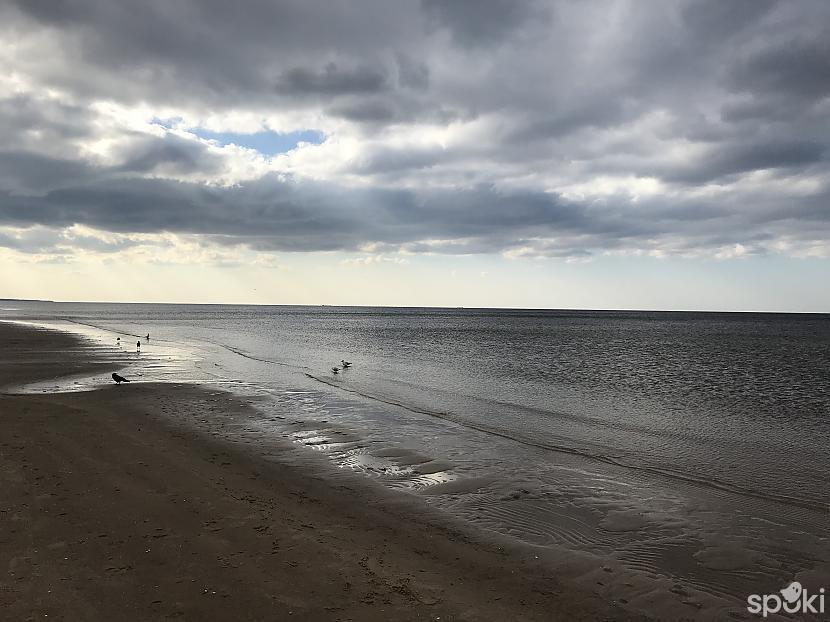 Jūra mūs sagaidīja... Autors: ezkins Pasakainā jūra